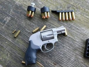 Speed Strips vs. Speedloaders – Keeping Your Revolver In The Fight
