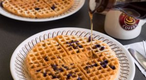 Would-be Waffle House robber armed with BB gun shot by diner with actual gun