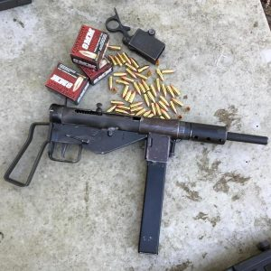 Parabellum fun with the experimental Vertical Fast Sten (VIDEO)
