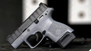 More on the New Slim Beretta APX Carry 9mm (VIDEO)